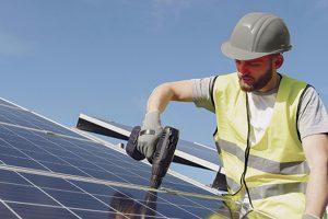 Nieuwe-Zonnepanelen-installeren-2